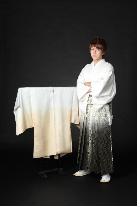 【男性成人式】袴姿で写真撮影しませんか?